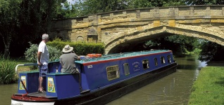 Wyvern Shipping Holiday Canalboat